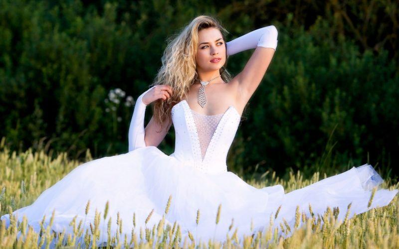 girl beautiful pose look dress mood bride wallpaper