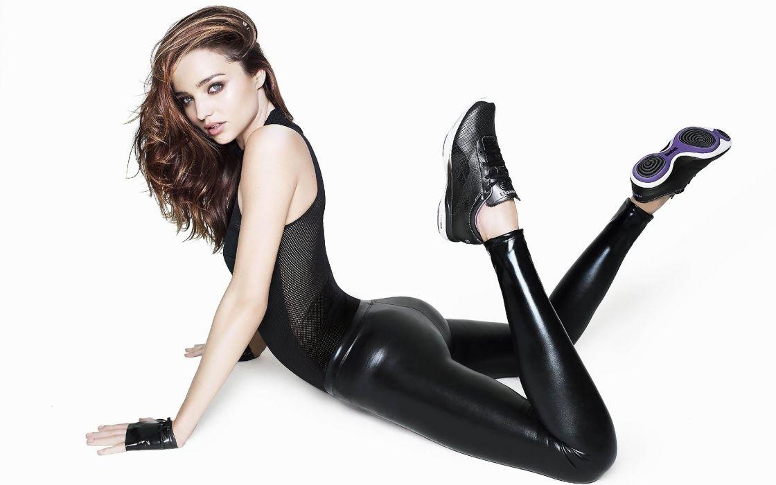 Miranda Kerr model beauty posture latex wallpaper