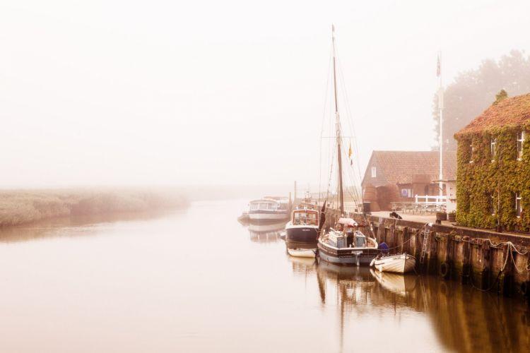 morning houses boat fog pier river reflection wallpaper