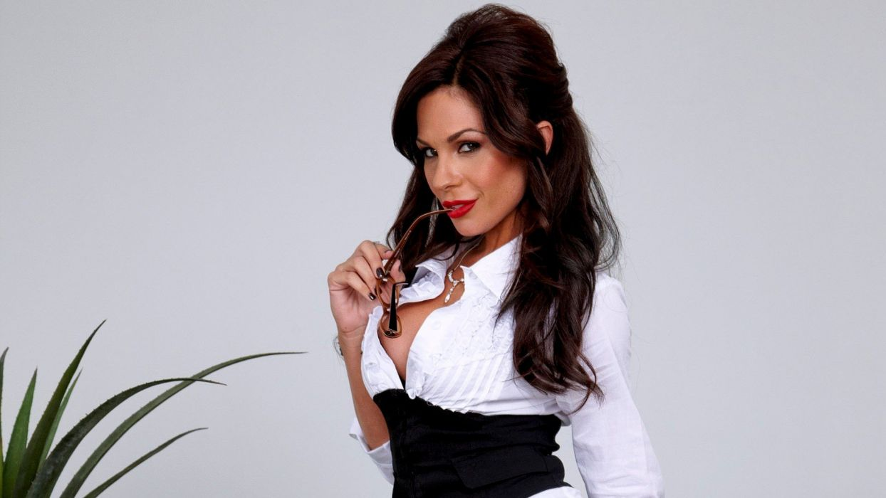 o Kirsten Price adult sexy babe brunette   g wallpaper