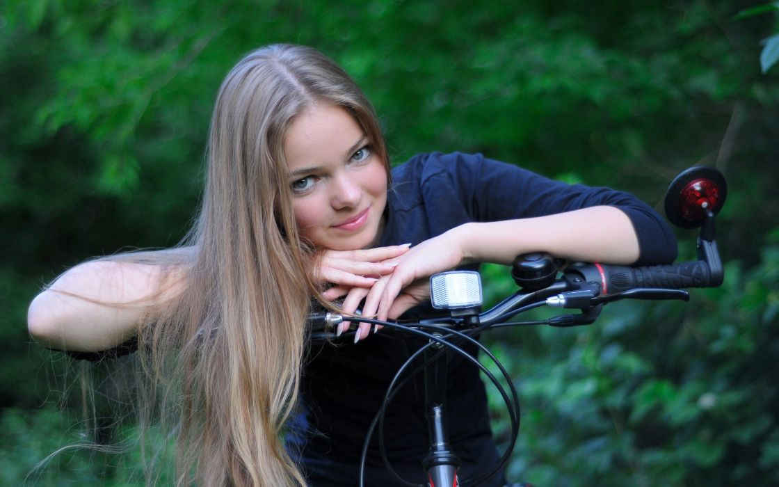 ossia girl blonde bicycle nails smile wallpaper