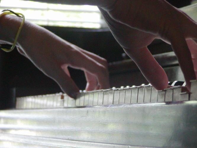 piano music wallpaper