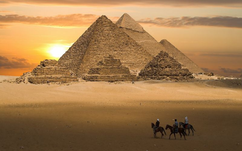 sand pyramid riders Egypt wallpaper