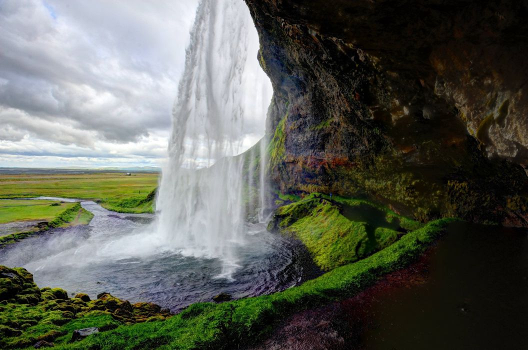 Seljalandsfoss Iceland waterfall wallpaper