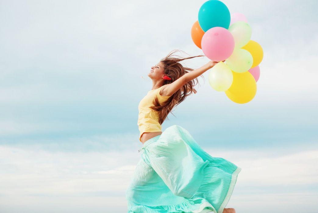 smile action mood girl balloon wallpaper