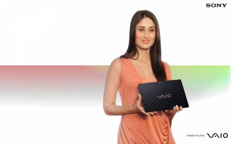 women Sony VAIO Kareena Kapoor wallpaper