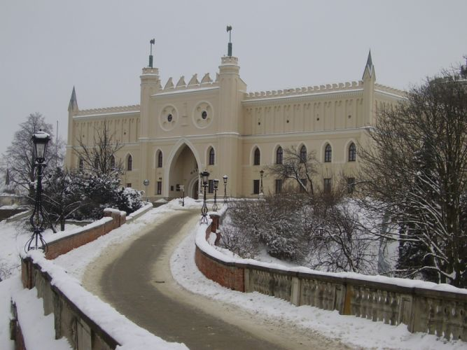 winter snow castles cityscapes night old bridges Europe Polish towns Poland prison historic tour Lublin sightseeing European Union culture wallpaper