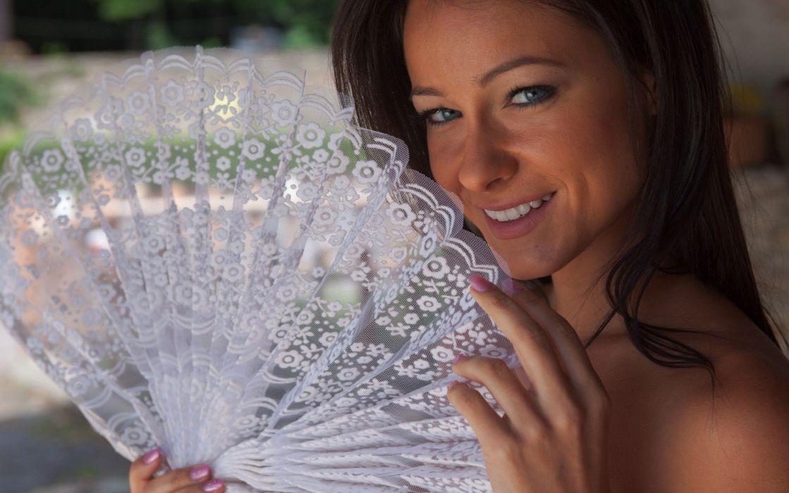 brunettes women models outdoors Femjoy magazine smiling Kristina Uhrinova Melisa Mendiny wallpaper