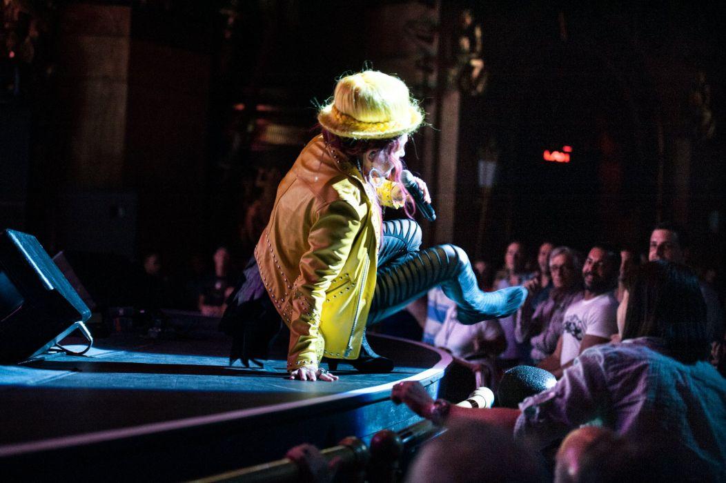 CYNDI LAUPER pop dance new wave glam concert wallpaper
