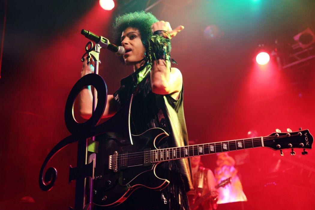 PRINCE singer r-b pop concert guitar wallpaper