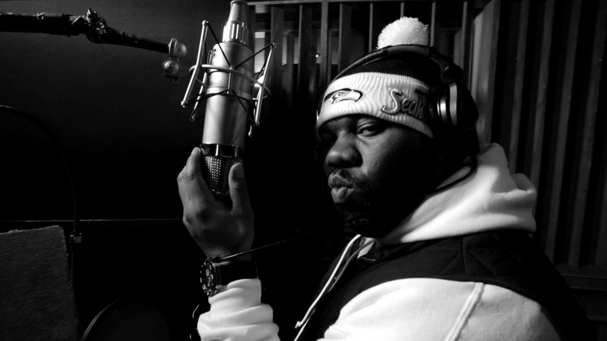 RAEKWON gangsta rap rapper hip hop wu-tang tang microphone wallpaper