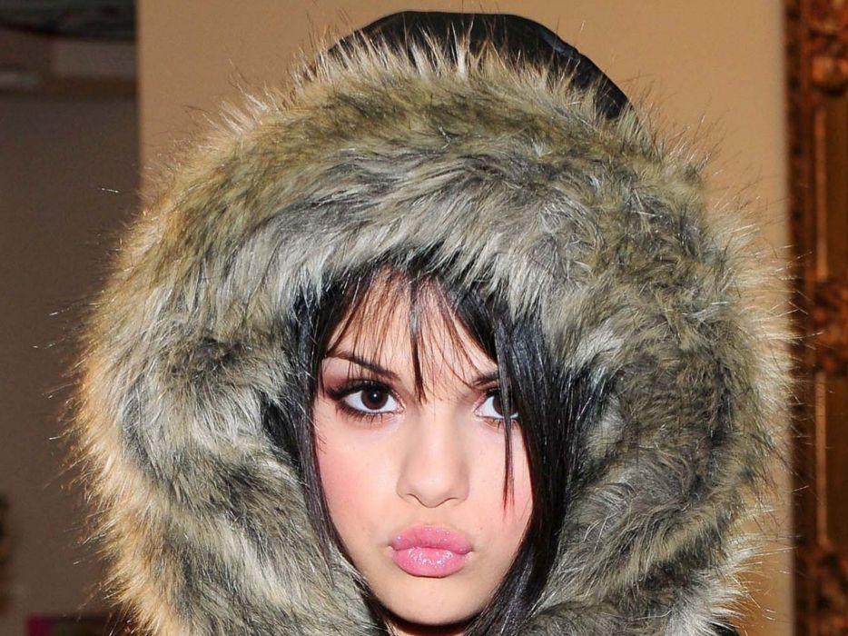 women Selena Gomez celebrity singers wallpaper