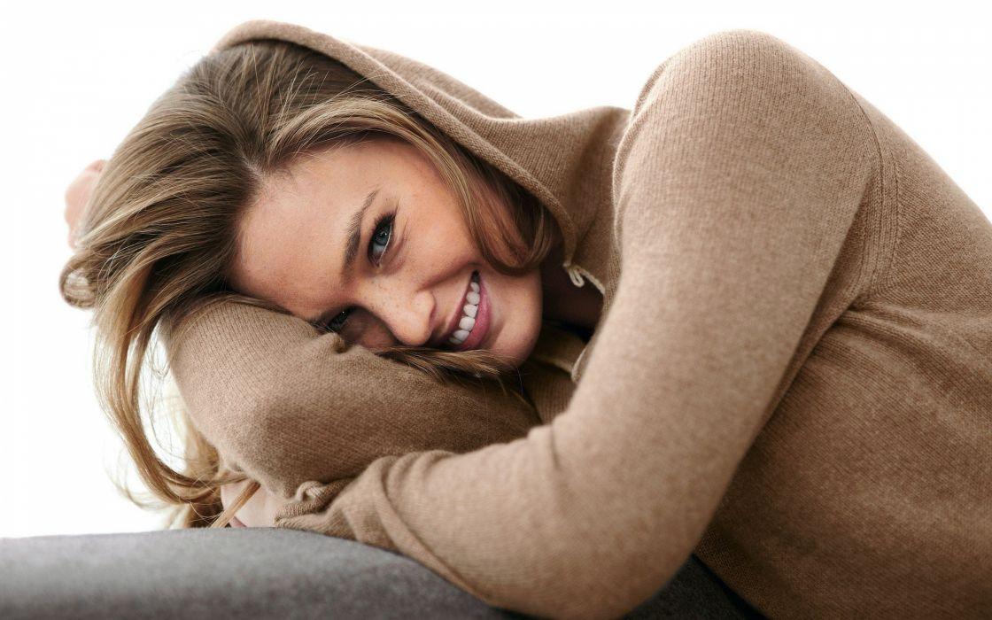 women models Bar Refaeli hoodies wallpaper