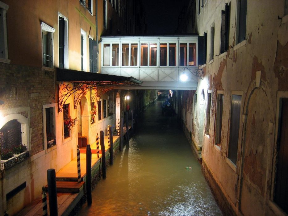 water cityscapes night buildings Italy wallpaper