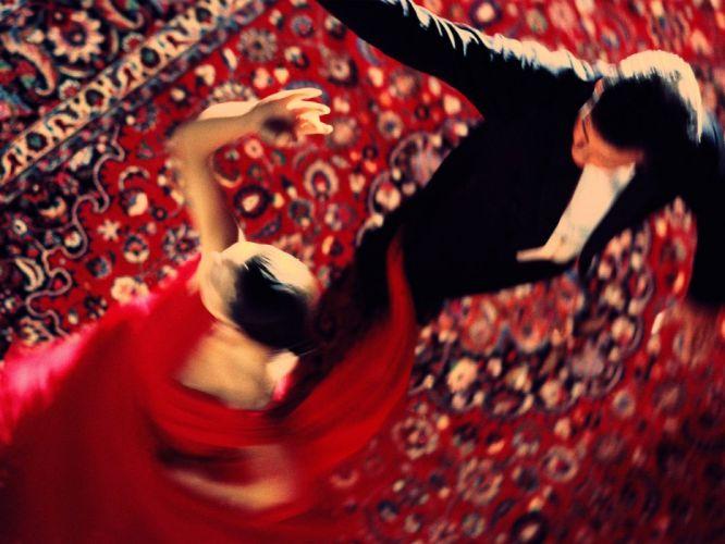 dancing wallpaper