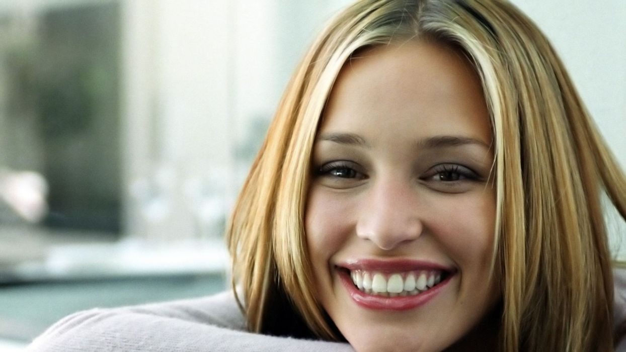women Piper Perabo faces wallpaper