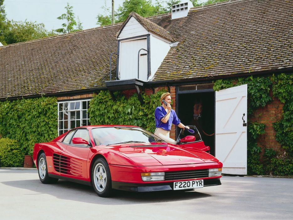 1986-92 Ferrari Testarossa UK-spec supercar v wallpaper