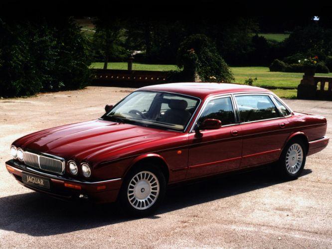 1995 Jaguar Sovereign X300 luxury f wallpaper