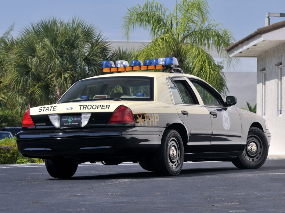 2011 Ford Crown Victoria P71 Police Interceptor muscle emergency     f wallpaper