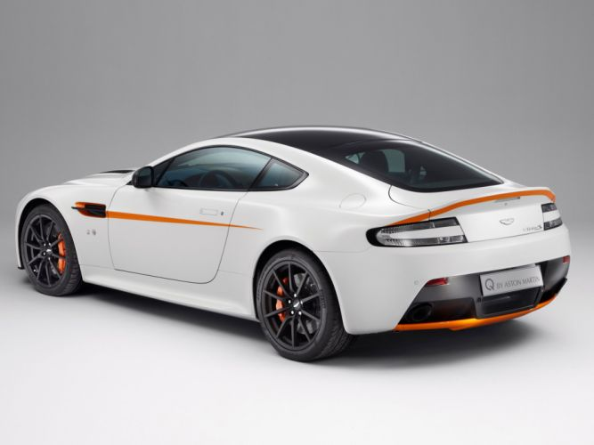 2014 Aston Martin V12 Vantage S-Q r wallpaper