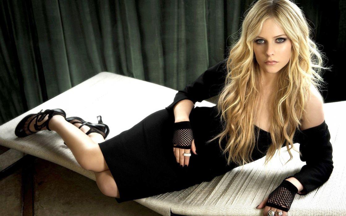 blondes women Avril Lavigne dark black dress wallpaper