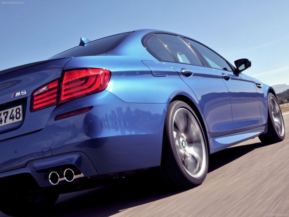 BMW cars BMW M5 low-angle shot wallpaper
