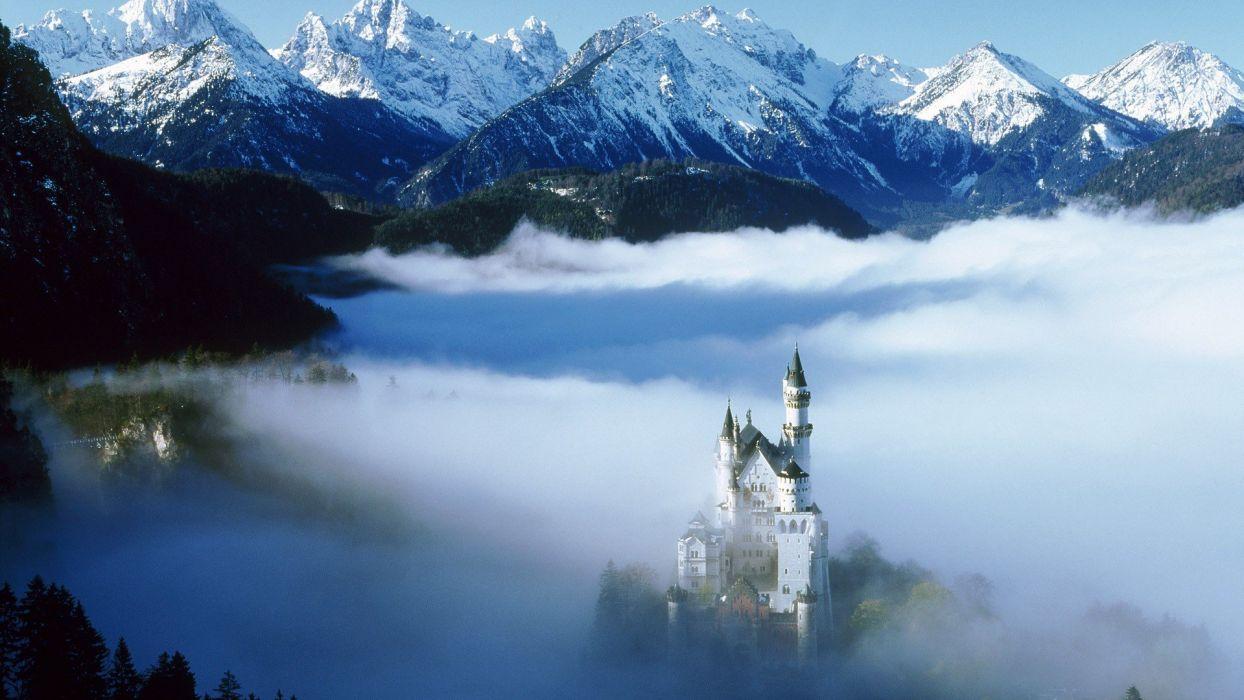 Germany Neuschwanstein Castle wallpaper