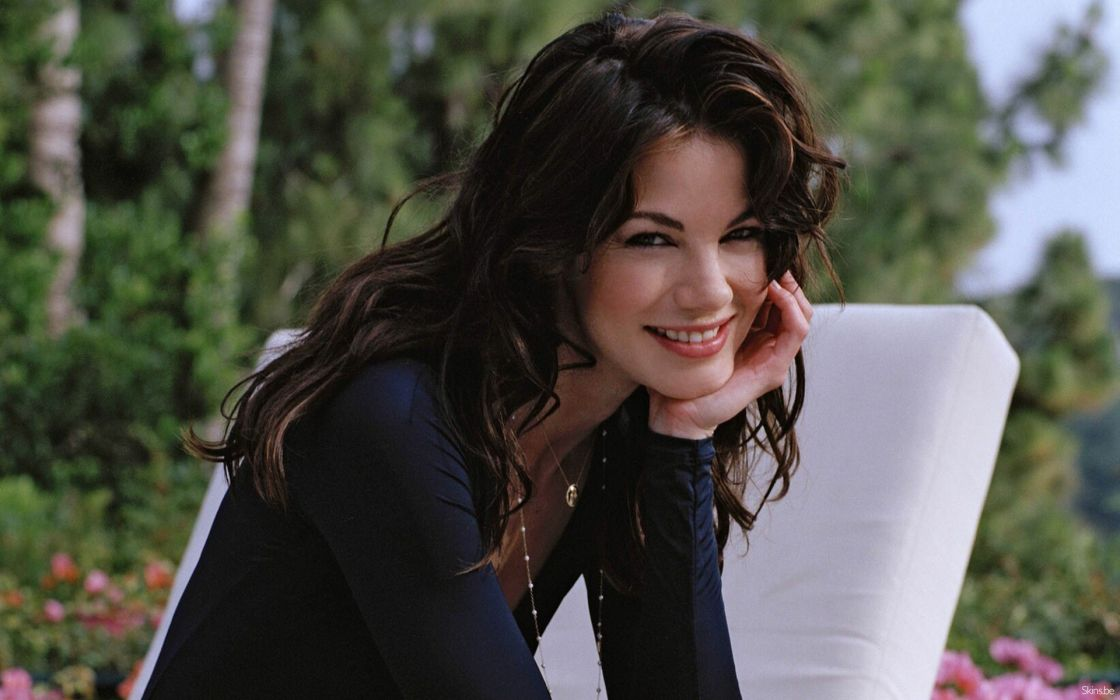 brunettes women actress celebrity Michelle Monaghan smiling wallpaper