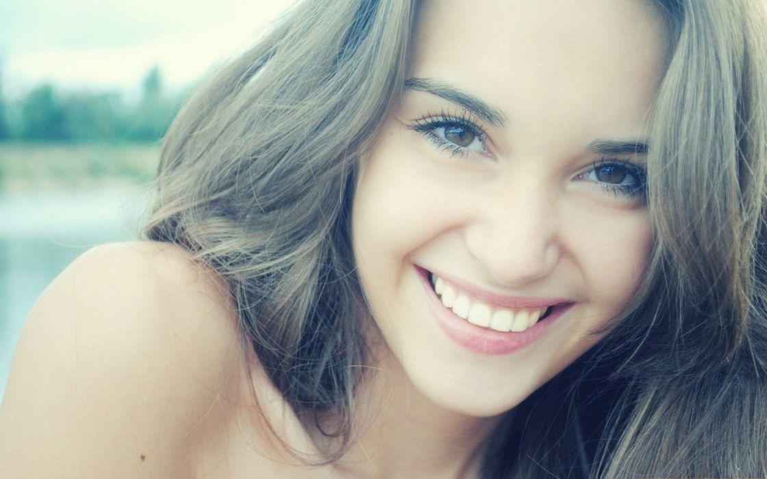brunettes women smiling faces wallpaper