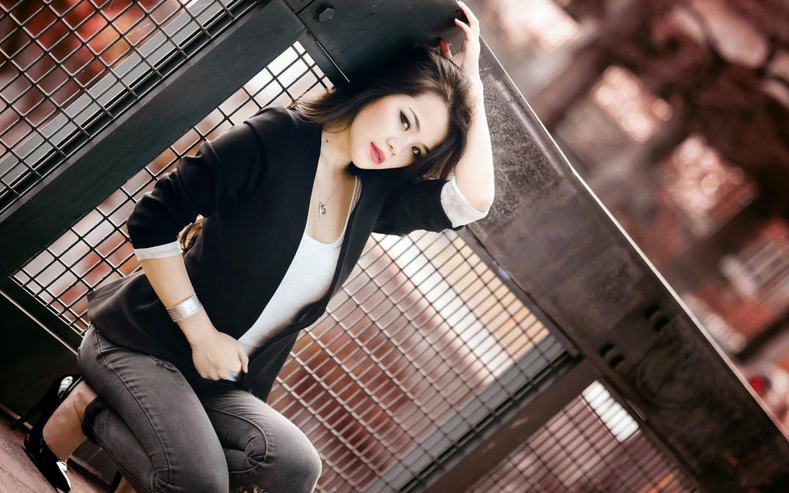 brunettes women fences brown eyes high heels Asians squatting pumps red lips wallpaper