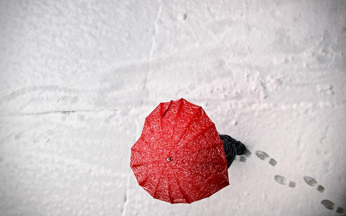 snow love hearts umbrellas footprint wallpaper