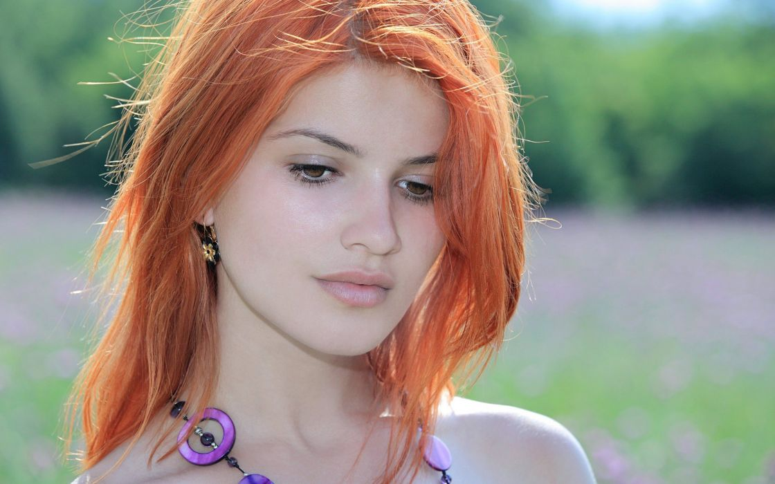 women redheads Violla A wallpaper