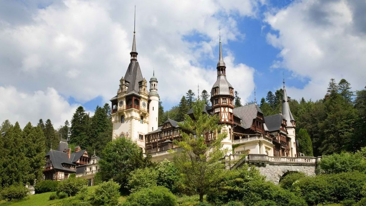 Romania Peles castle wallpaper