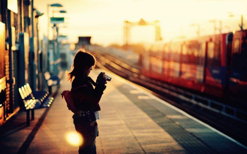 women trains London train stations dockland Heron Quays dockland light railway wallpaper