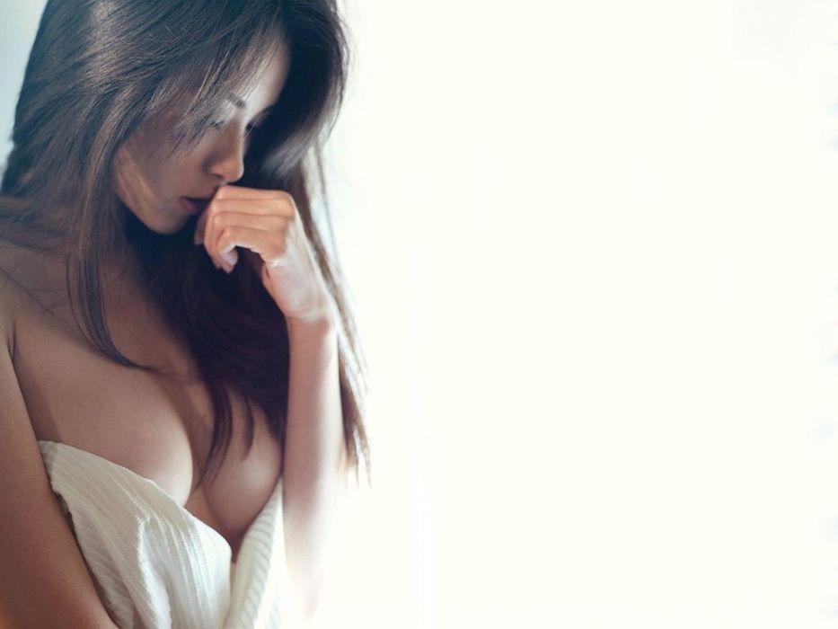 brunettes women faces white background wallpaper