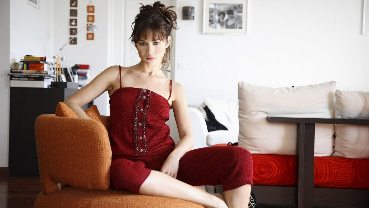 brunettes women Olga Kurylenko Ukrainian Russian models wallpaper