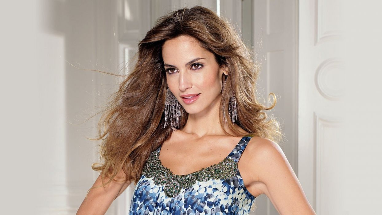 Ariadne Artiles girl fashion beautiful earrings eyes wallpaper