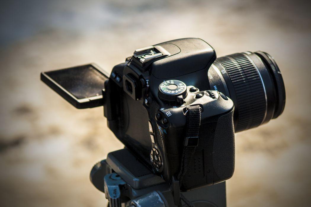 Canon 600D Tripod Camera Wallpaper