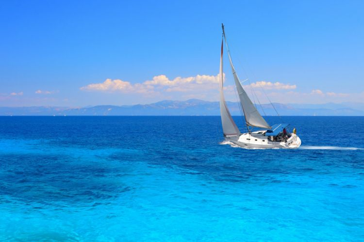 ocean the wind the sails the way yacht wallpaper
