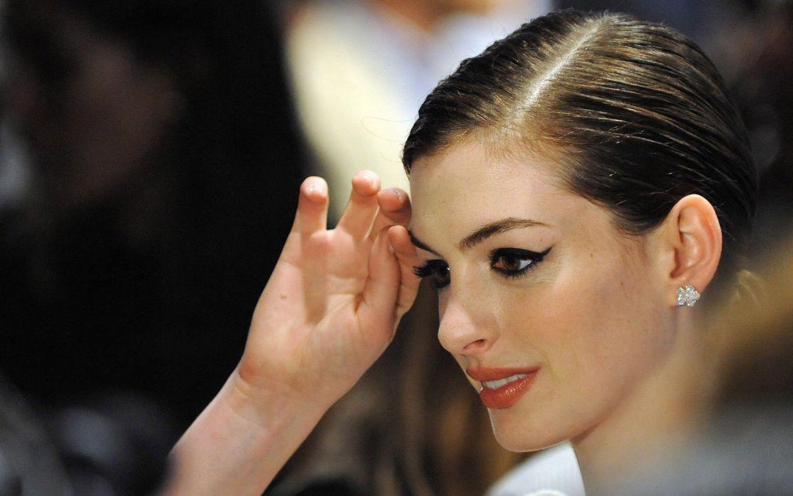 brunettes women Anne Hathaway celebrity makeup wallpaper