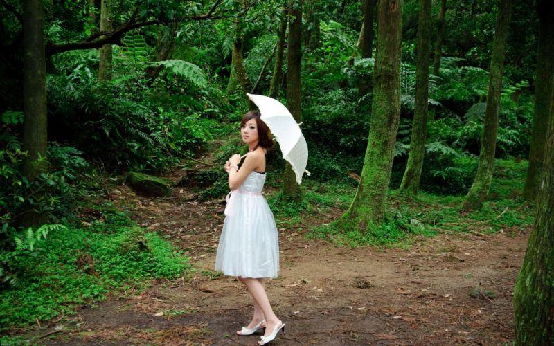 women trees umbrellas Mikako Zhang Kaijie wallpaper