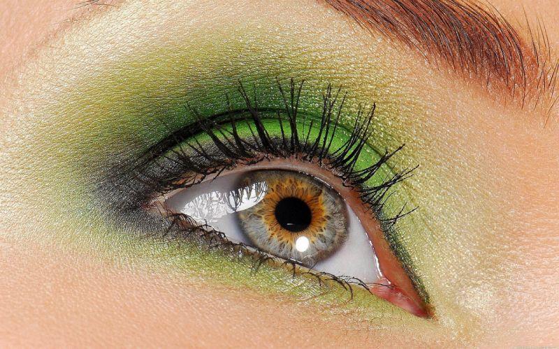 women eyes wallpaper