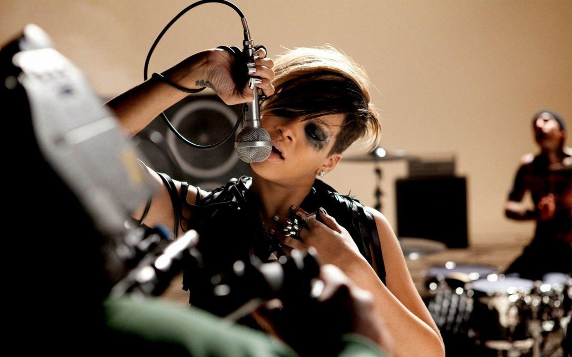 Rihanna pop stars wallpaper
