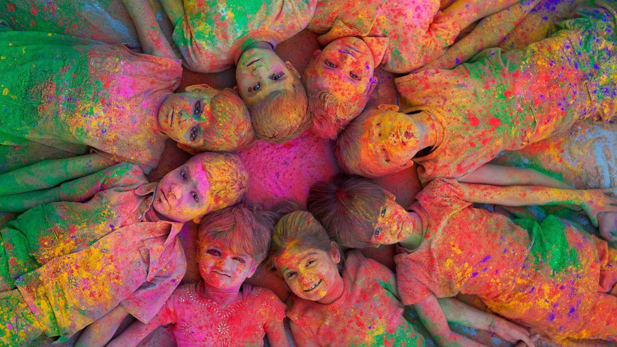 multicolor India Holi Jodhpur children wallpaper