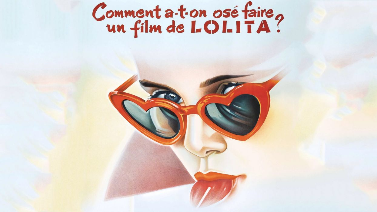 lolitas French wallpaper