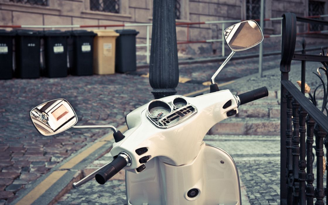urban vespa scooters motorbikes wallpaper