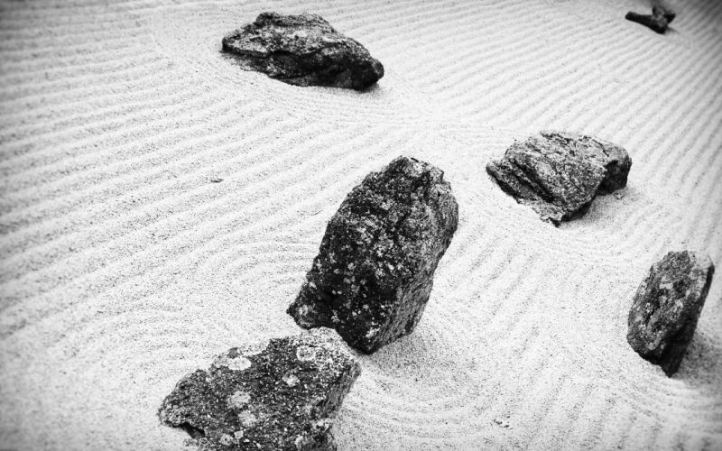 sand stones grayscale monochrome rock garden wallpaper
