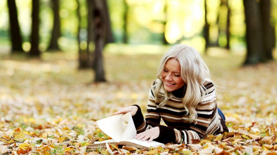 blondes women nature trees autumn leaves reading smiling parks sweaters wallpaper
