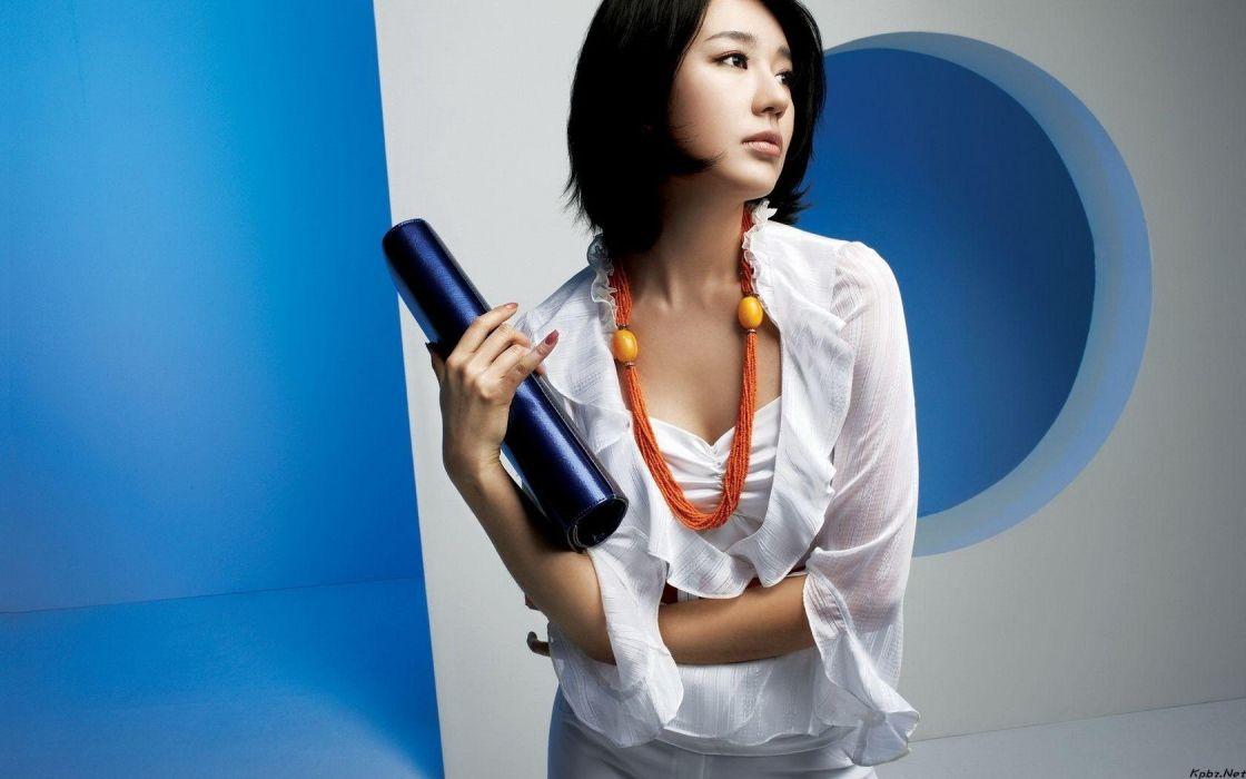 women short hair Asians Korean blue background Yoon Eun Hye wallpaper