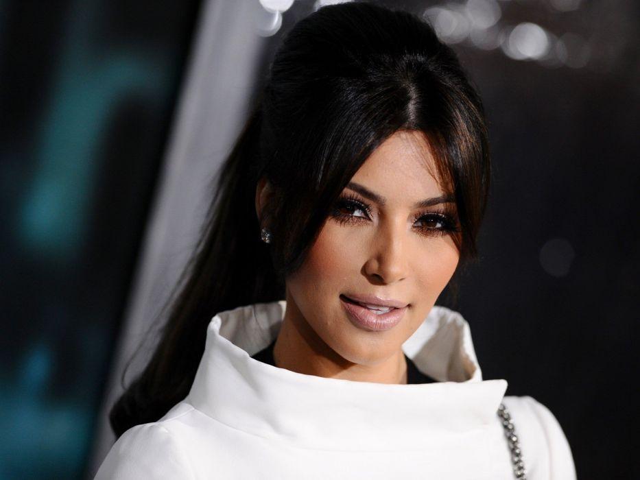 brunettes women close-up models Kim Kardashian celebrity earrings faces wallpaper